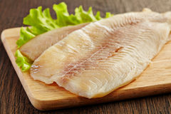filet-de-poisson-cru-frais-31396714